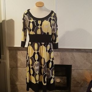 Yellow and black patterned dress